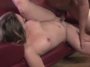 Brunette Tera Knightly gets nailed by muscled hunk