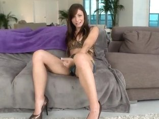Very young and very sexy girl Vanessa Sixxx