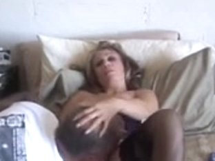 Cougar lies back on the couch and acquires her twat worked and