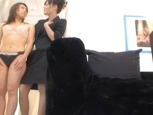 Spy video with japanese lesbians who like the taste of pussy