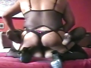 crossdresser mexicano cogiendo a chica 2