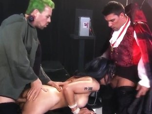 Extreme freak fucking session with horny Shay Sights!