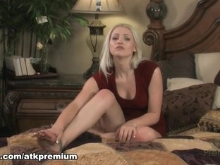 Amazing pornstar in Horny Solo Girl, Masturbation porn video