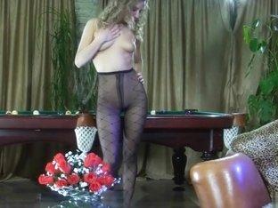 EPantyhoseLand Movie: Barbara