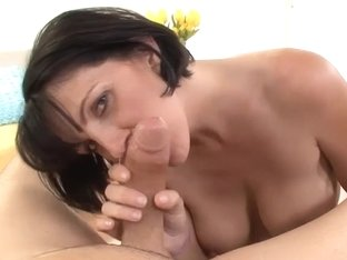 Perverted mother I'd like to fuck Gives the ideal POV Oral-Stimulation