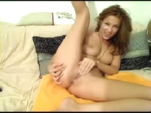 Slutty chick inserts sex toys in all her holes