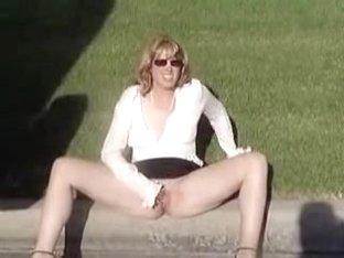 laurie outdoor