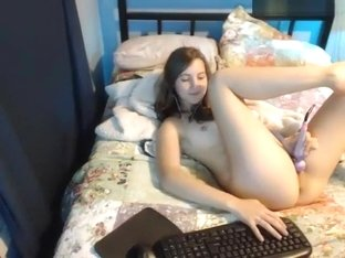nattynort95 private video on 05/16/15 06:30 from Chaturbate
