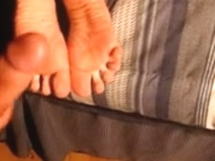 cum in ur hawt soft sole (foot fetish)