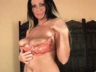 Mother I'd Like To Fuck with large scones rubs her older wet crack