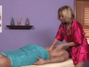 Massage-Parlor: Cock Broker
