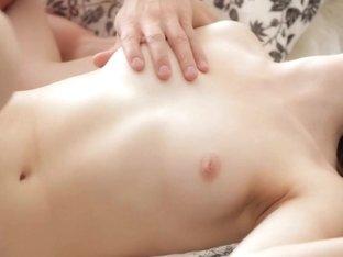 Hd porn video with Mirabella that fucks kinkily