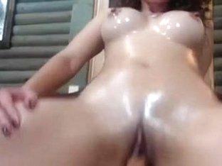 I show my huge tits and masturbate