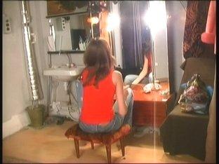 Spy cam masturbation video of a slut in the makeup room