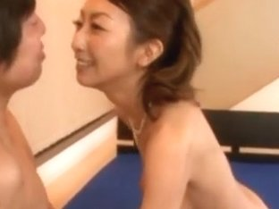 Rei Aoki Mature Japanese babe has sex