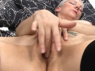 Video from AuntJudys: Fleur