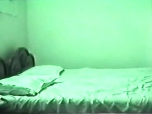 Ponytailed indian girl gets missionary fucked on the bed