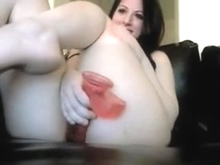 Isabelle Fucks Herself By Dildo On Webcam Till Orgasm And Cumming