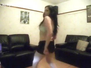 sexy girl booty shaking