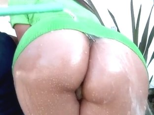 Alexis Breeze is getting her ass wet by Voodoo