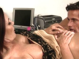Busty MILF whore gets licked nicely