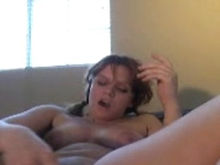 Teen masturbating with dildo in cam
