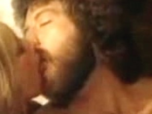 Full vintage porno with hot fucking threesome action