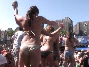 SpringBreakLife Video: Bikini Dance Party