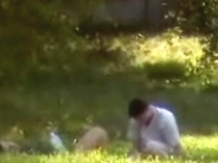 Young slut gets penetrated by her partner in the bushes