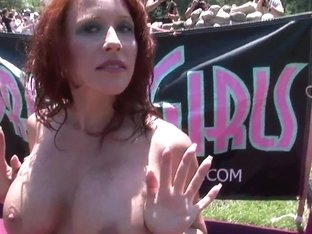SpringBreakLife Video: Girls Playing Naked