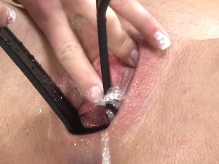 Gina Devine and Leila Smith in HD Pissing Video Leila and Gina
