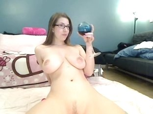 Big round ass flexing and spanking