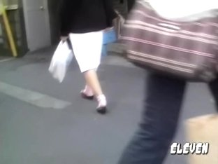 Japanese nurse is cruising in the streets during sharking adventure