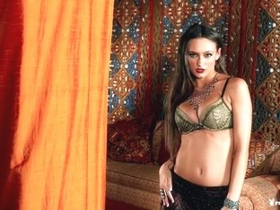 Amazing pornstar Sapphira in Incredible Lingerie, Solo Girl sex clip