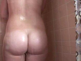 SpringBreakLife Video: Big Tit Shower