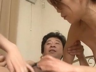 Hitomi Aizawa sexy mom gets fucked by two lads
