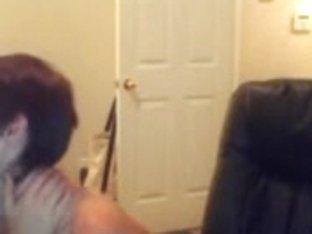 Teen lesbians kissing on webcam show