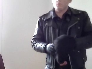 leather biker smoke and double mask rubber poppers smoke