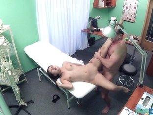 Horny pornstar Natalie Mendes in Incredible Voyeur, Amateur xxx video