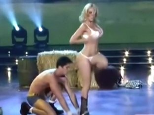 Paparazi-Naked Hollywood Stars-14 Reality Tv Sexy Dance