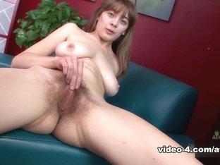 Hottest pornstar in Exotic Solo Girl, Big Tits sex movie