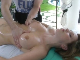 Courtney Cummz has her pierced pussy massaged