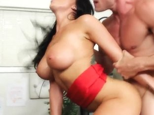 Romi Rain is molested by her bald boss ....