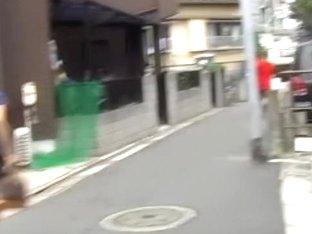 Japanese sharking master lifts up a cute girl's skirt