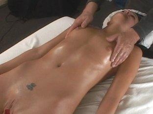 Little Mutt Video: Brandy Bates - Massage