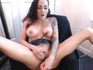 Lexi Venom sucks dildo