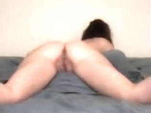 GF Warms Up With Sex Toy