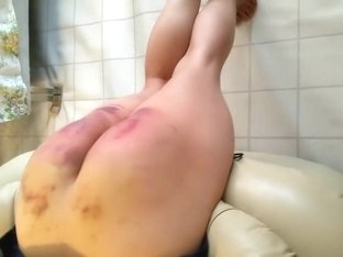 I get spanked in the lusty amateur booty video clip