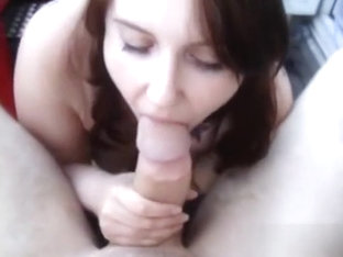 Chunky tattooed doxy sucks my strapon