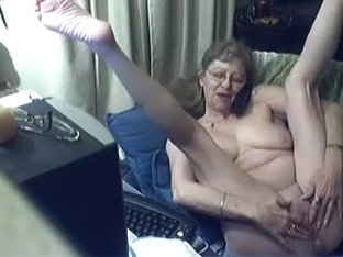 I'm caressing my body in amateur masterbating clip